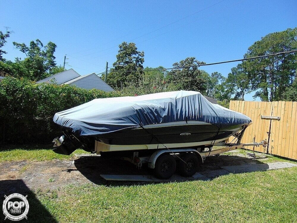 2005 Sea Ray boat for sale, model of the boat is 200 Sundeck & Image # 9 of 40