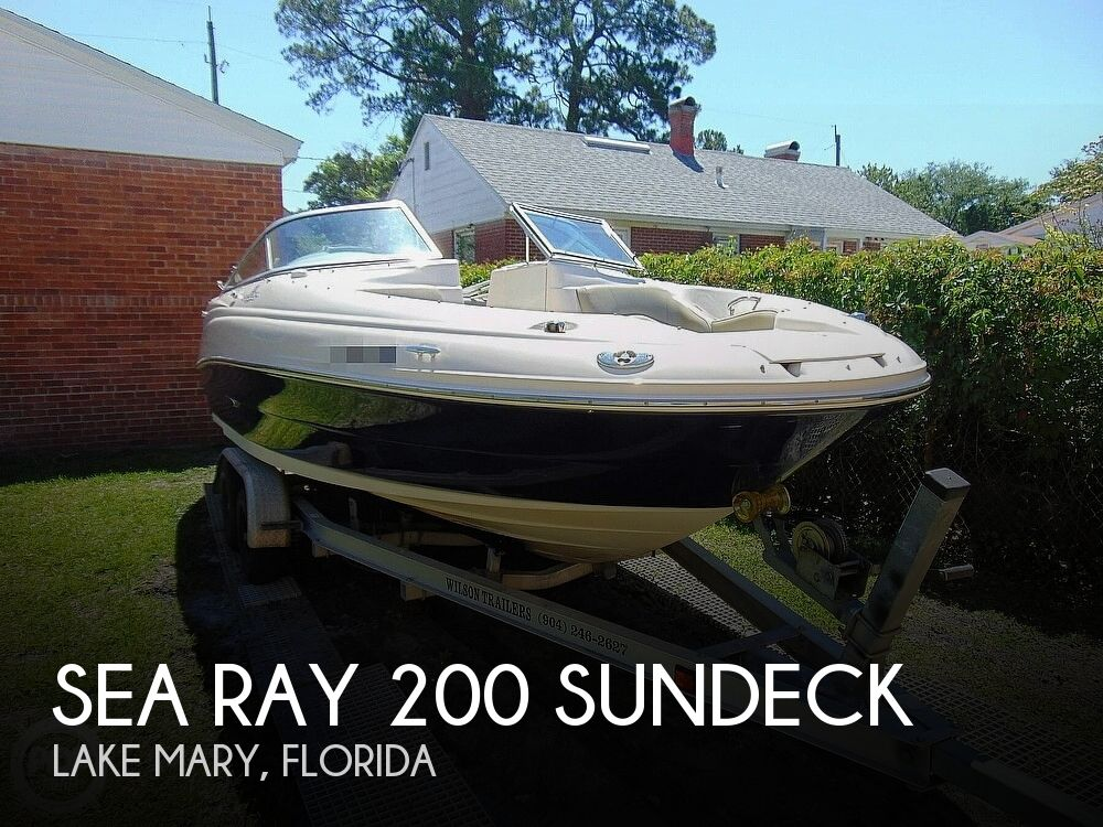 2005 Sea Ray boat for sale, model of the boat is 200 Sundeck & Image # 1 of 40