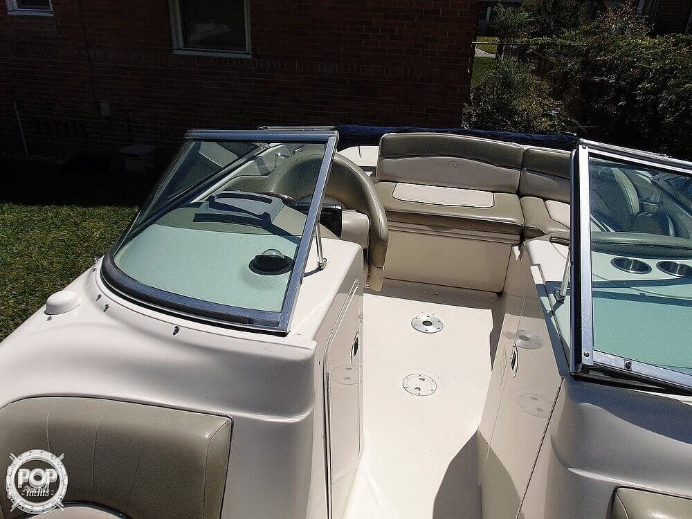 2005 Sea Ray boat for sale, model of the boat is 200 Sundeck & Image # 13 of 40