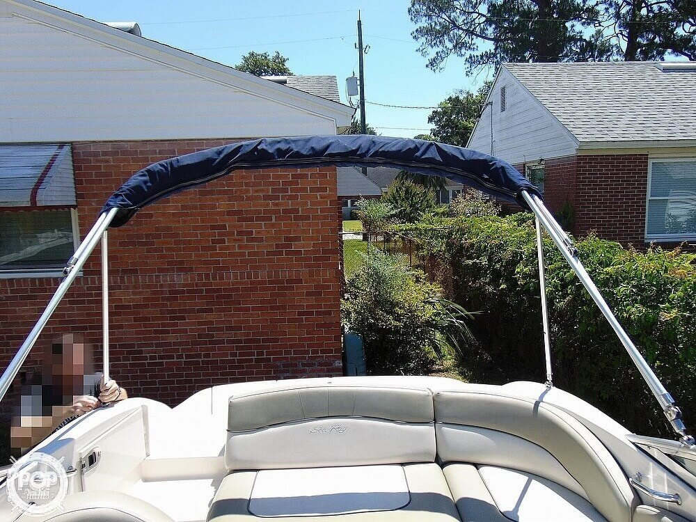 2005 Sea Ray boat for sale, model of the boat is 200 Sundeck & Image # 14 of 40