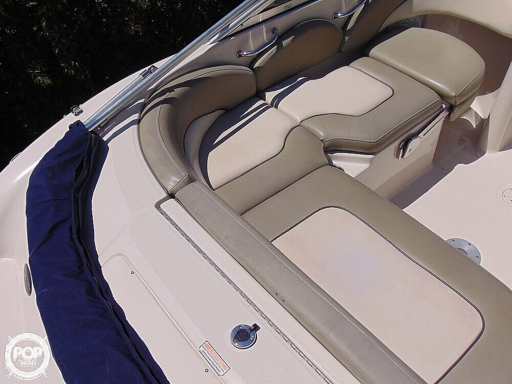 2005 Sea Ray boat for sale, model of the boat is 200 Sundeck & Image # 16 of 40