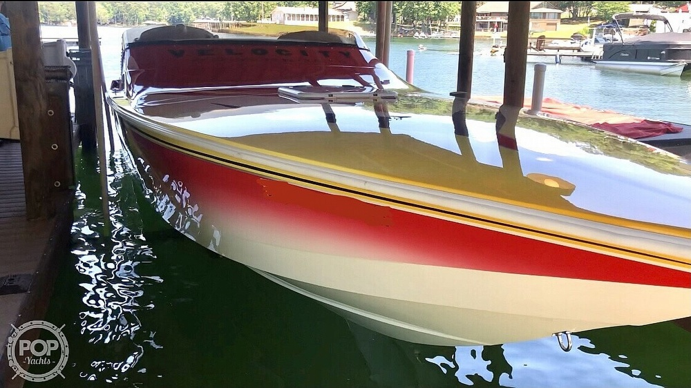 Velocity with twin 470 HP engines