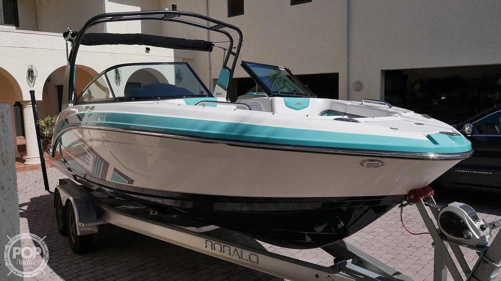 2015 Chaparral boat for sale, model of the boat is 223 Vortex & Image # 3 of 40