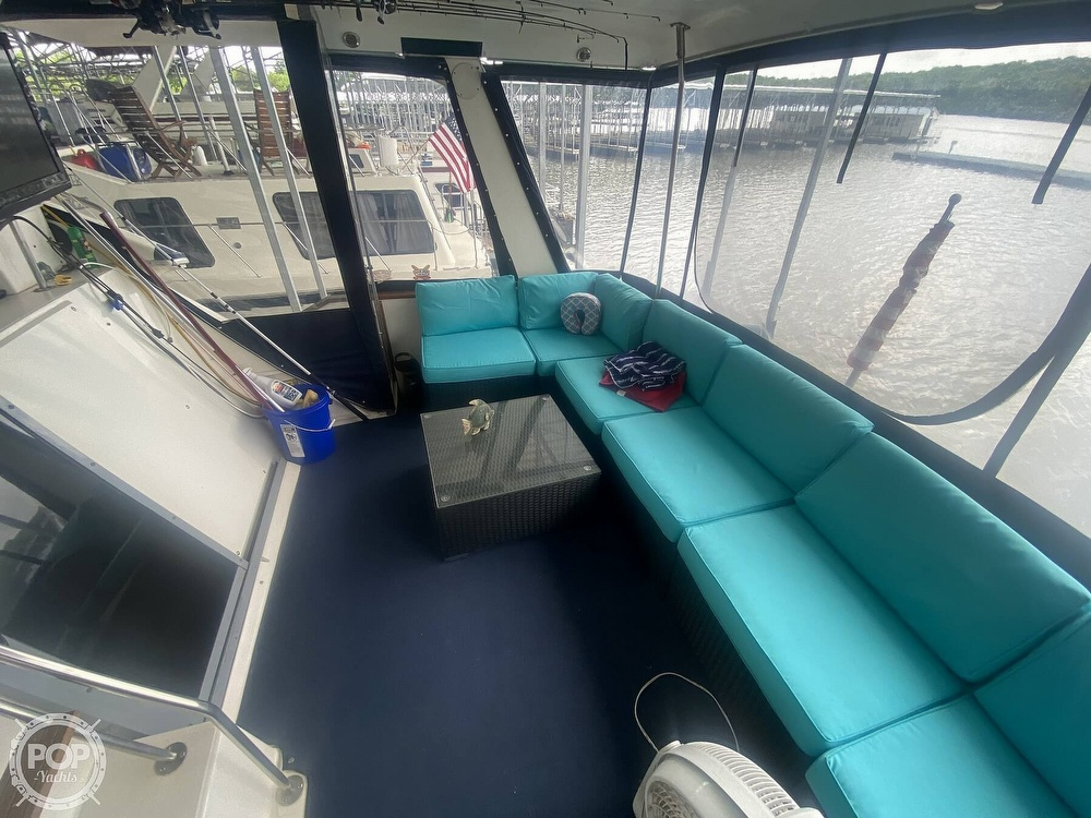 1988 Sea Ray boat for sale, model of the boat is 415 AFT CABIN & Image # 33 of 40