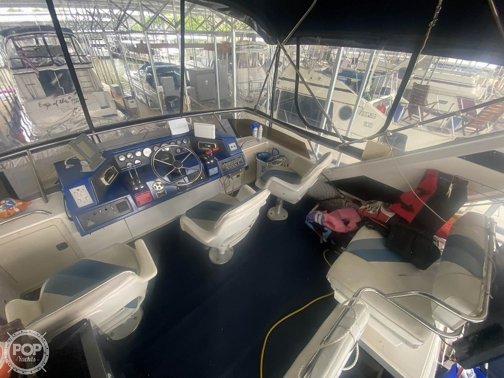 1988 Sea Ray boat for sale, model of the boat is 415 AFT CABIN & Image # 38 of 40