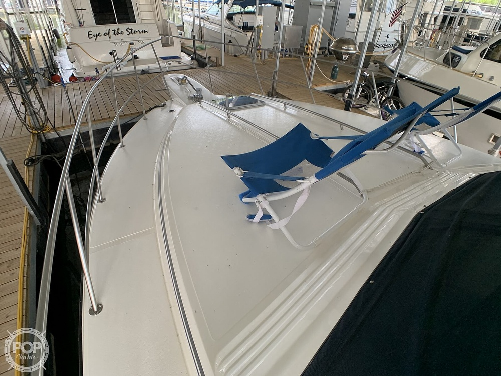1988 Sea Ray boat for sale, model of the boat is 415 AFT CABIN & Image # 23 of 40