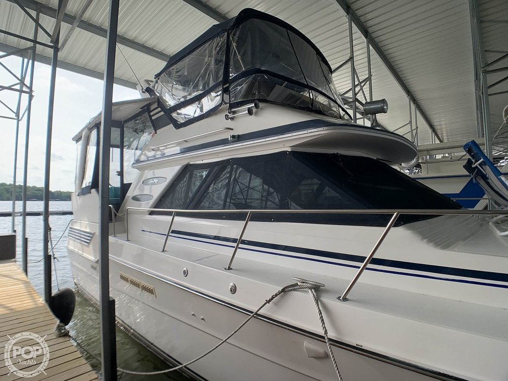 1988 Sea Ray boat for sale, model of the boat is 415 AFT CABIN & Image # 10 of 40