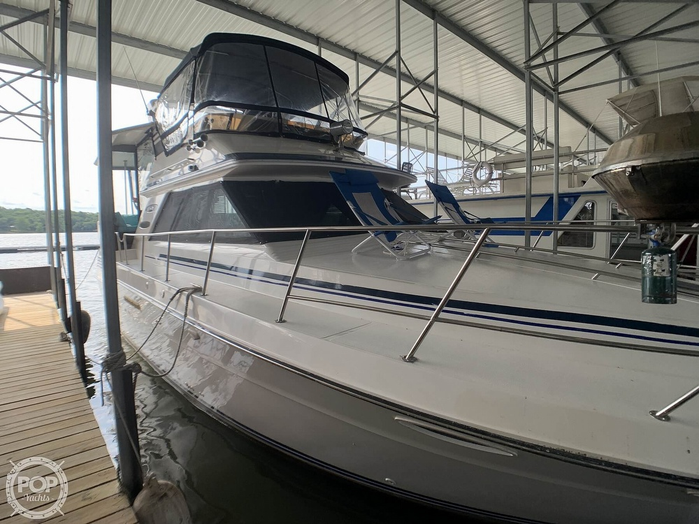 1988 Sea Ray boat for sale, model of the boat is 415 AFT CABIN & Image # 9 of 40