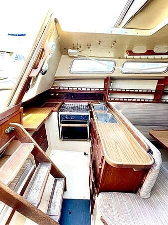 1979 Catalina Yachts boat for sale, model of the boat is 29 & Image # 5 of 11