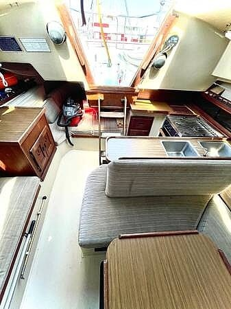 1979 Catalina Yachts boat for sale, model of the boat is 29 & Image # 10 of 11