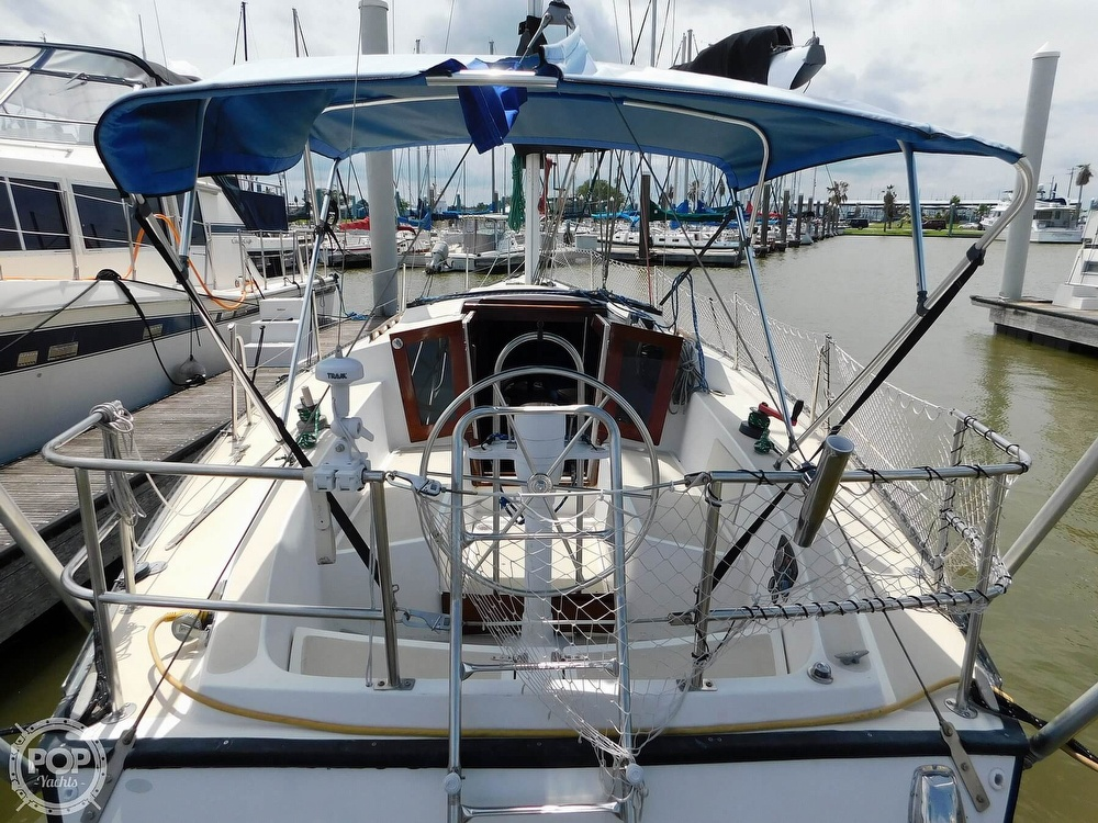1979 Lancer Yachts boat for sale, model of the boat is 36 & Image # 11 of 40