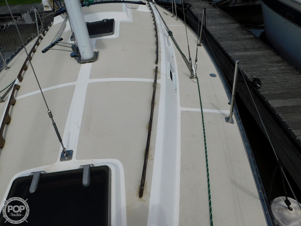 1979 Lancer Yachts boat for sale, model of the boat is 36 & Image # 24 of 40