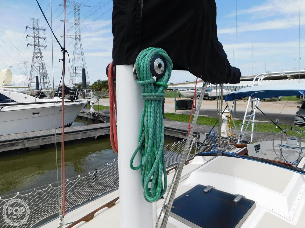 1979 Lancer Yachts boat for sale, model of the boat is 36 & Image # 28 of 40