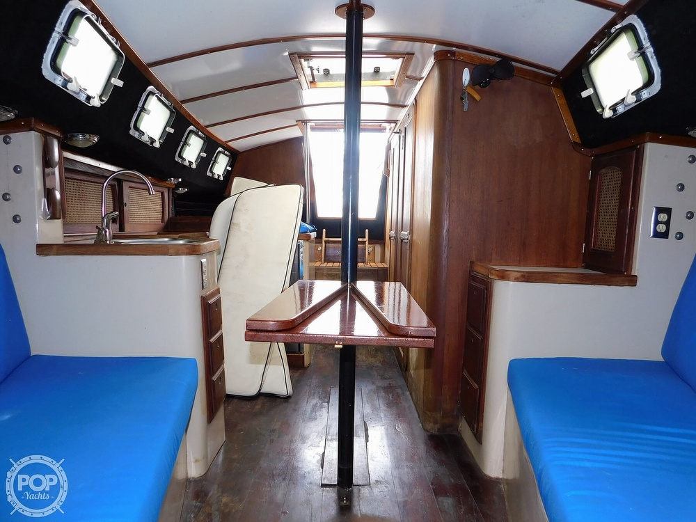 1979 Lancer Yachts boat for sale, model of the boat is 36 & Image # 4 of 40