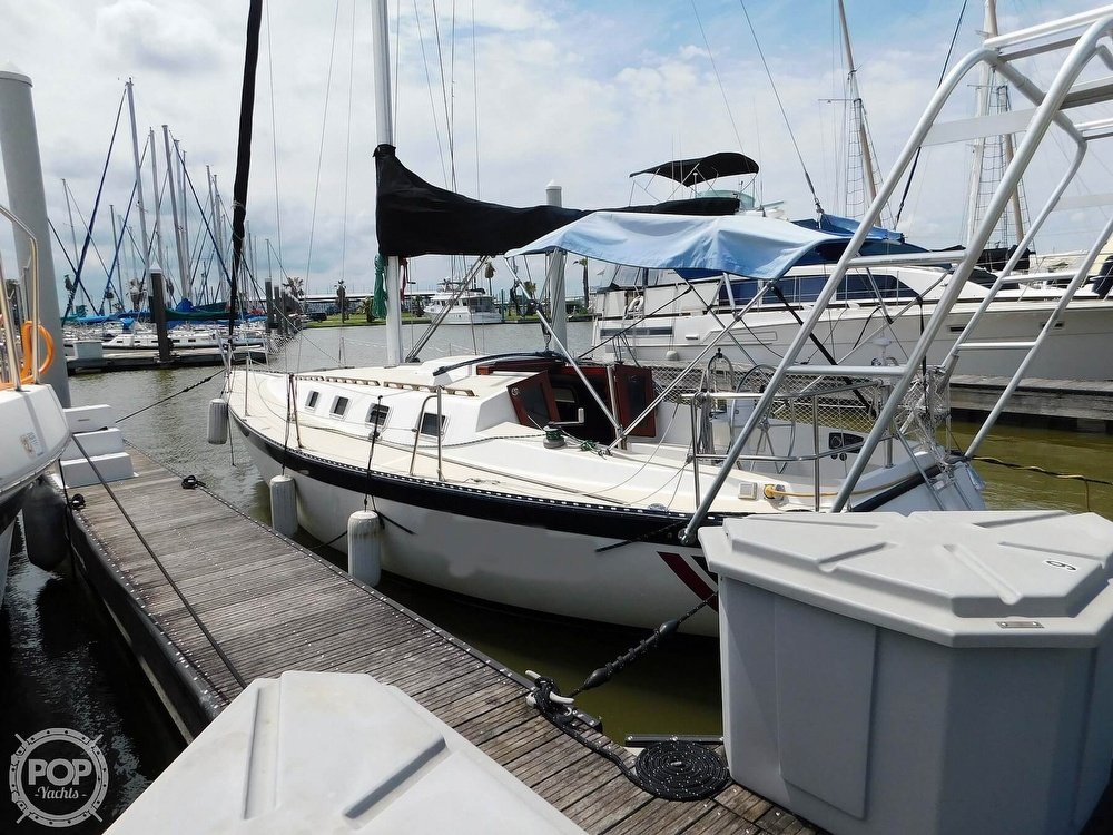 1979 Lancer Yachts boat for sale, model of the boat is 36 & Image # 5 of 40