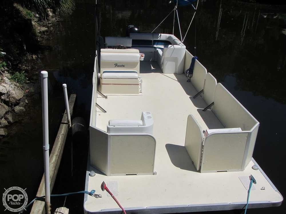 2005 Fiesta boat for sale, model of the boat is Grande 24 Family Fisher Fish & Fun L Custom & Image # 14 of 40