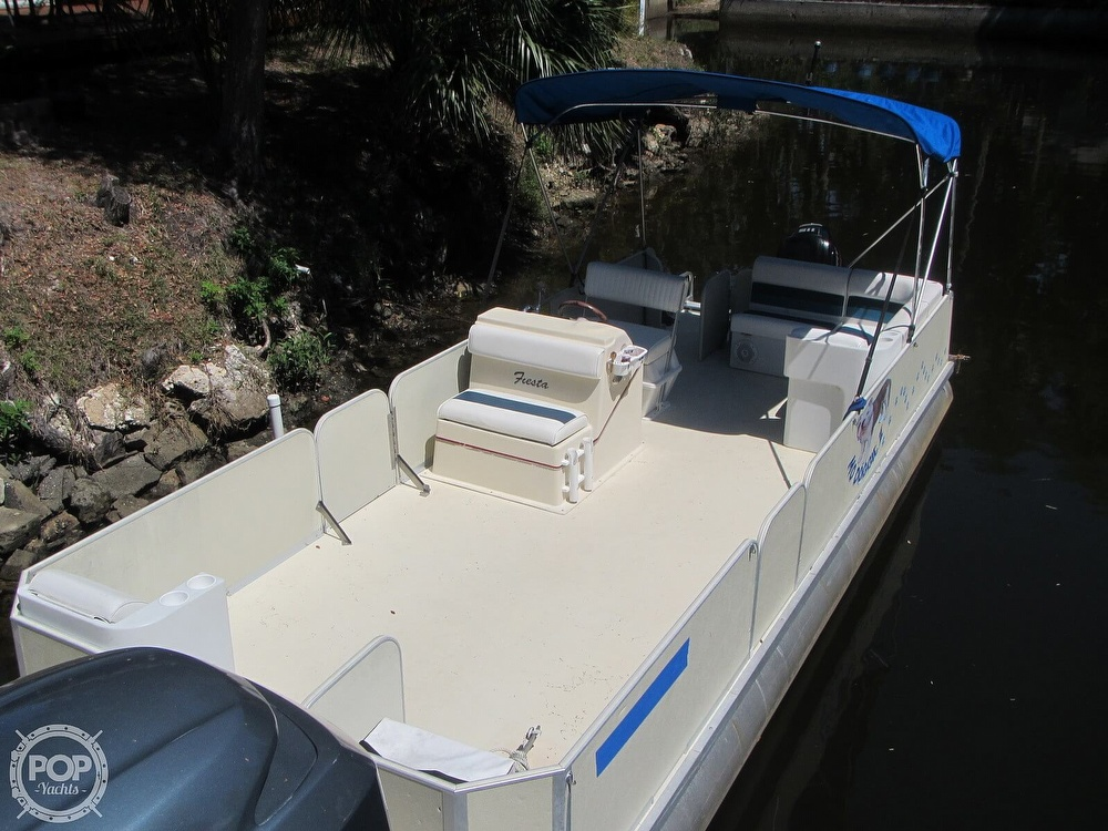 2005 Fiesta boat for sale, model of the boat is Grande 24 Family Fisher Fish & Fun L Custom & Image # 4 of 40