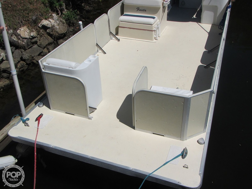2005 Fiesta boat for sale, model of the boat is Grande 24 Family Fisher Fish & Fun L Custom & Image # 19 of 40