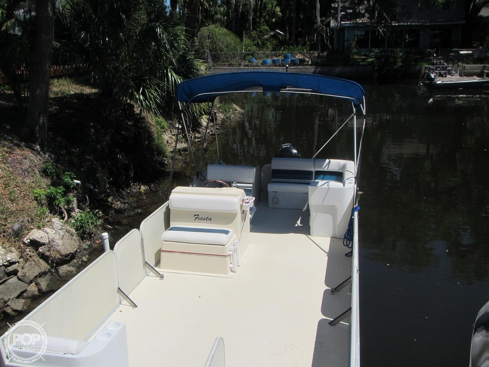 2005 Fiesta boat for sale, model of the boat is Grande 24 Family Fisher Fish & Fun L Custom & Image # 20 of 40