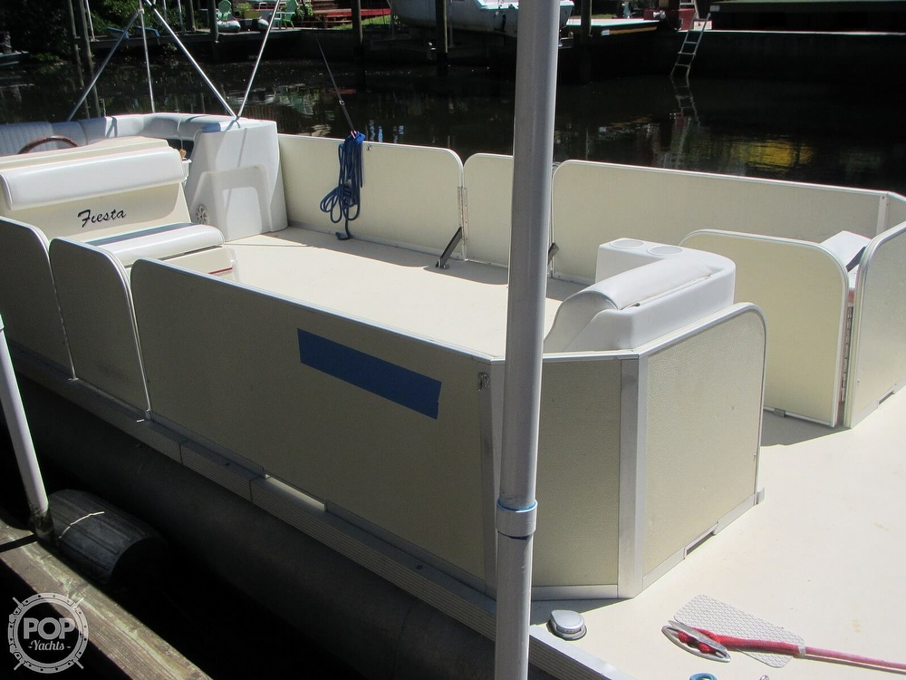 2005 Fiesta boat for sale, model of the boat is Grande 24 Family Fisher Fish & Fun L Custom & Image # 22 of 40