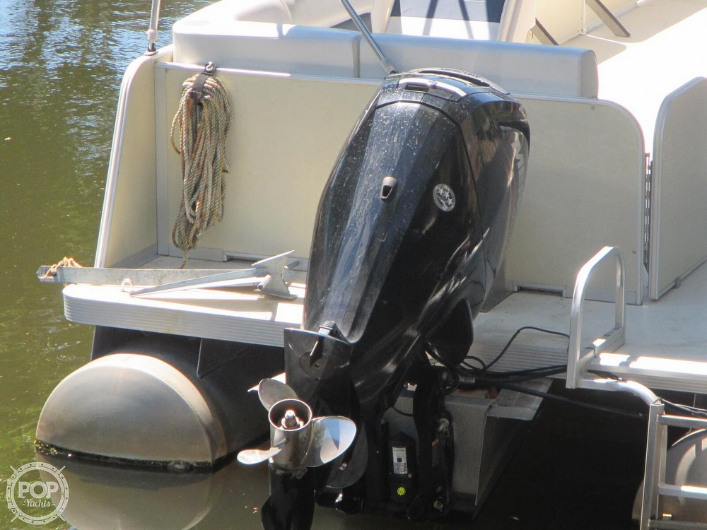 2005 Fiesta boat for sale, model of the boat is Grande 24 Family Fisher Fish & Fun L Custom & Image # 28 of 40