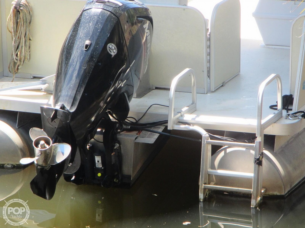 2005 Fiesta boat for sale, model of the boat is Grande 24 Family Fisher Fish & Fun L Custom & Image # 29 of 40