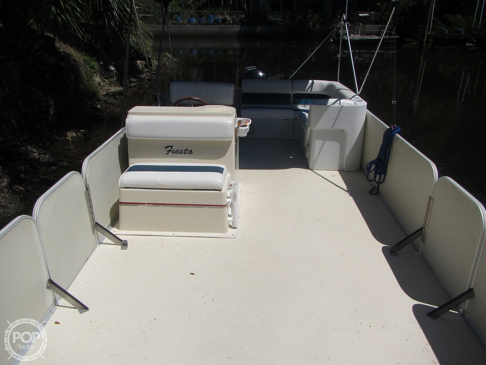 2005 Fiesta boat for sale, model of the boat is Grande 24 Family Fisher Fish & Fun L Custom & Image # 39 of 40