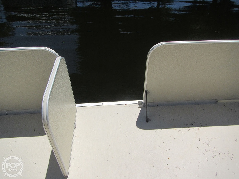 2005 Fiesta boat for sale, model of the boat is Grande 24 Family Fisher Fish & Fun L Custom & Image # 9 of 40