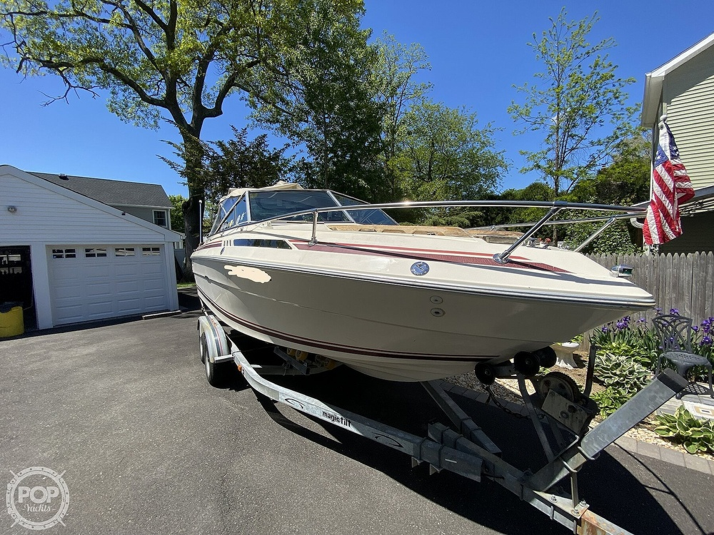 1983 Sea Ray boat for sale, model of the boat is SV210 & Image # 2 of 40