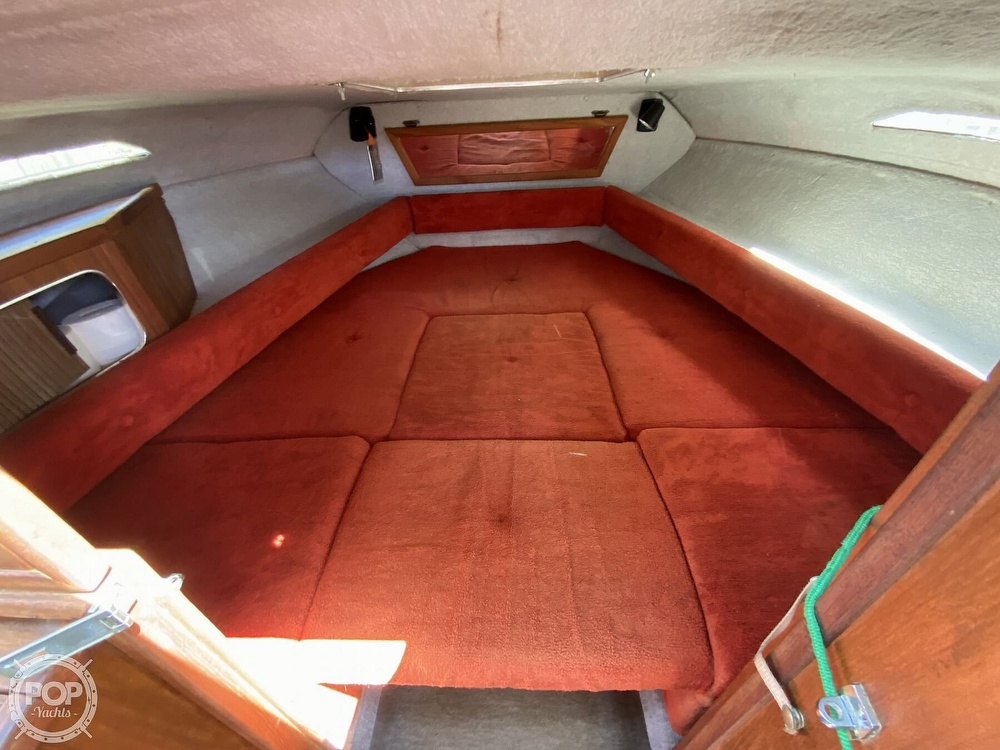 1983 Sea Ray boat for sale, model of the boat is SV210 & Image # 10 of 40
