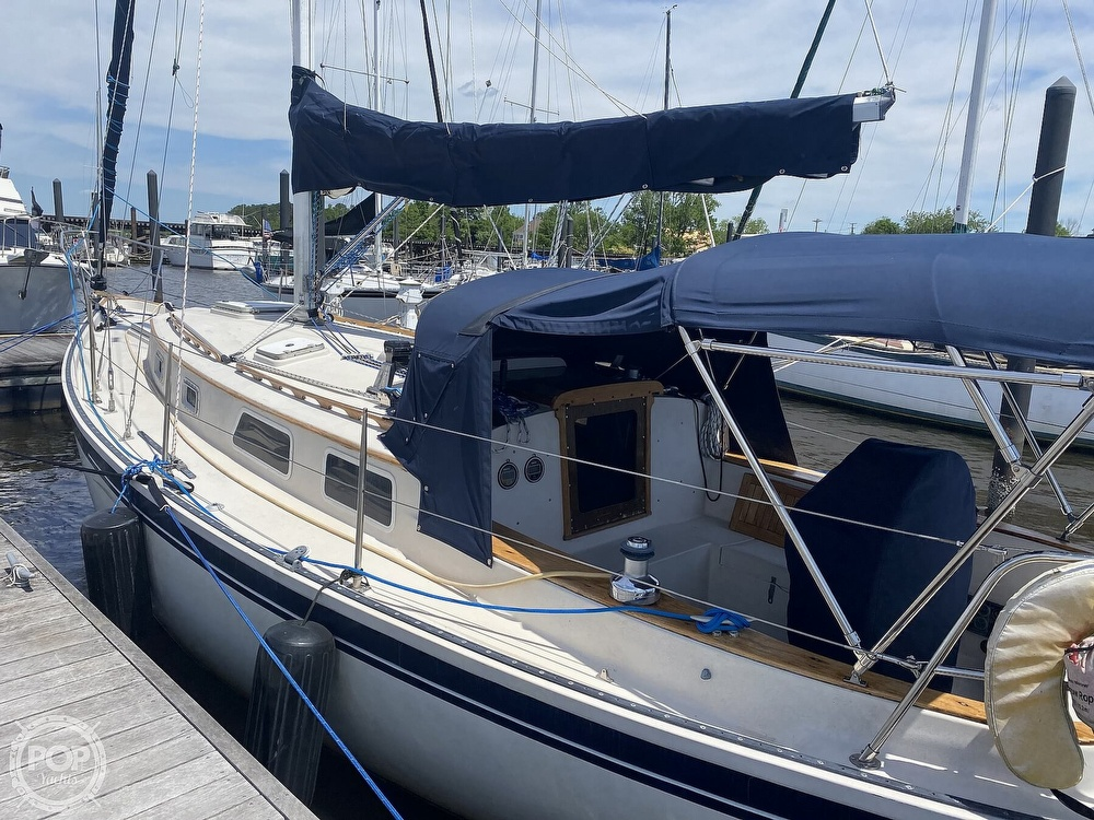 1986 Aloha Pontoons boat for sale, model of the boat is 32 & Image # 7 of 40