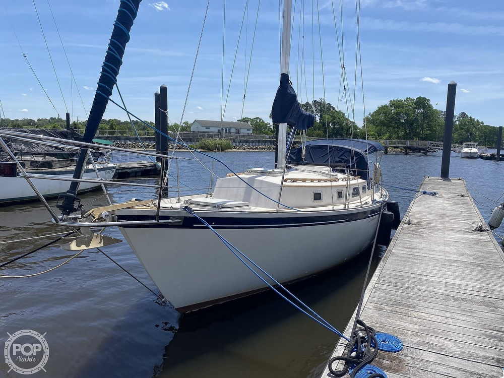 1986 Aloha Pontoons boat for sale, model of the boat is 32 & Image # 10 of 40