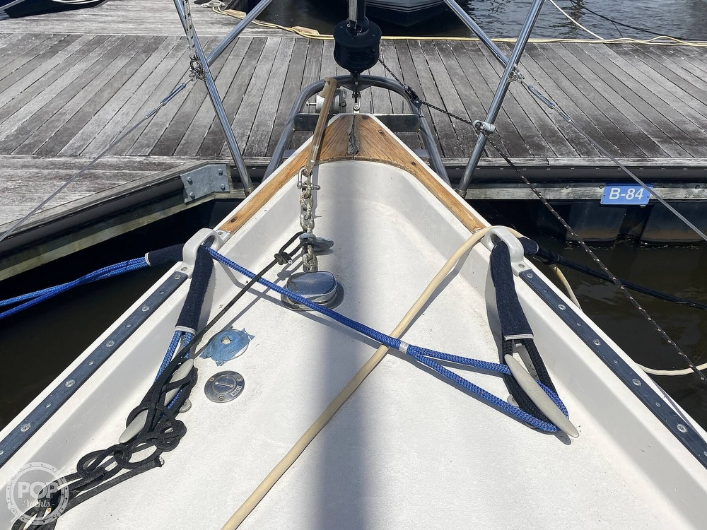 1986 Aloha Pontoons boat for sale, model of the boat is 32 & Image # 37 of 40