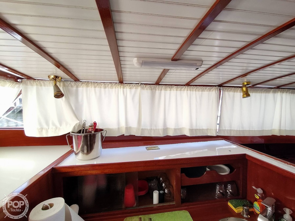 1961 Chris Craft boat for sale, model of the boat is Fly Bridge Sea Skiff & Image # 36 of 40