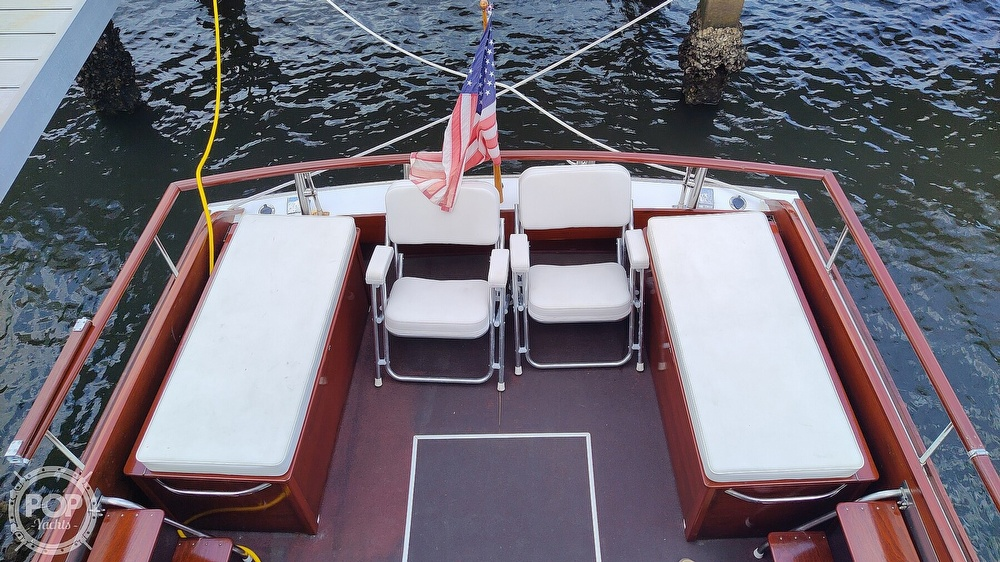 1961 Chris Craft boat for sale, model of the boat is Fly Bridge Sea Skiff & Image # 8 of 40