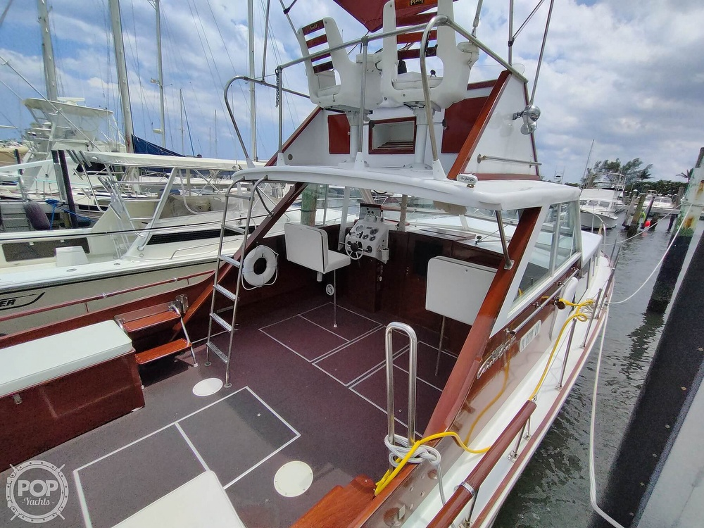 1961 Chris Craft boat for sale, model of the boat is Fly Bridge Sea Skiff & Image # 7 of 40