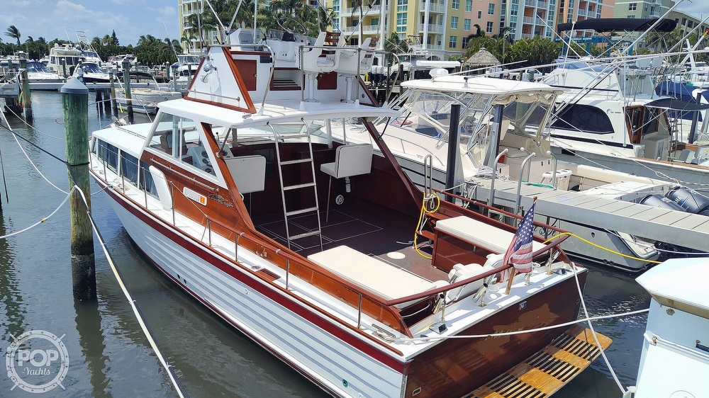 1961 Chris Craft boat for sale, model of the boat is Fly Bridge Sea Skiff & Image # 2 of 40