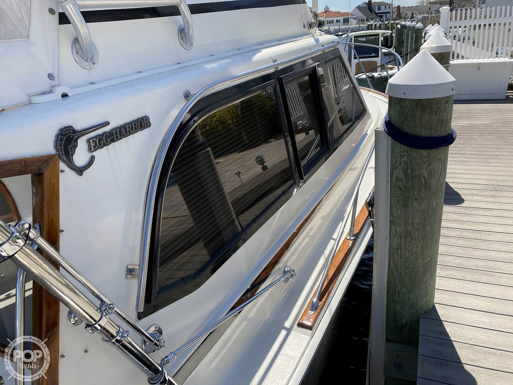 1988 Egg Harbor boat for sale, model of the boat is 33 Convertible & Image # 4 of 40
