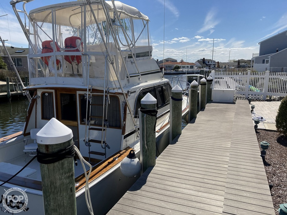 1988 Egg Harbor boat for sale, model of the boat is 33 Convertible & Image # 8 of 40