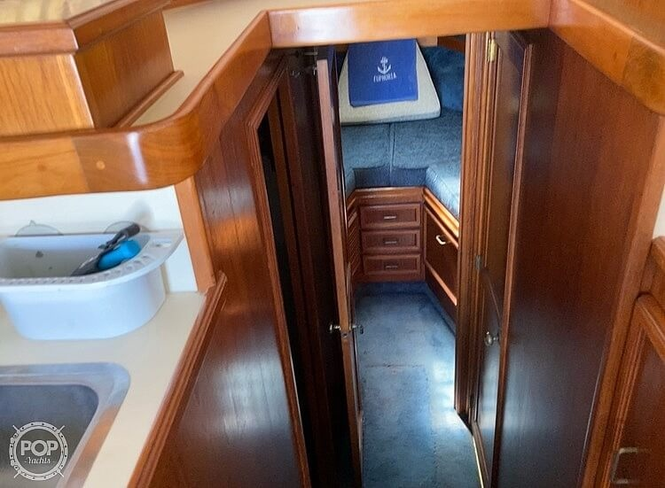 1988 Egg Harbor boat for sale, model of the boat is 33 Convertible & Image # 10 of 40