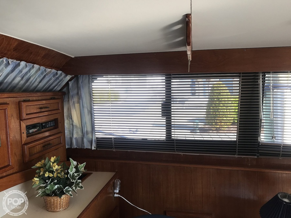 1988 Egg Harbor boat for sale, model of the boat is 33 Convertible & Image # 13 of 40