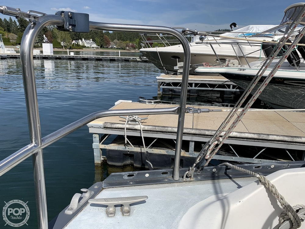 1980 Hunter boat for sale, model of the boat is 33 & Image # 33 of 40