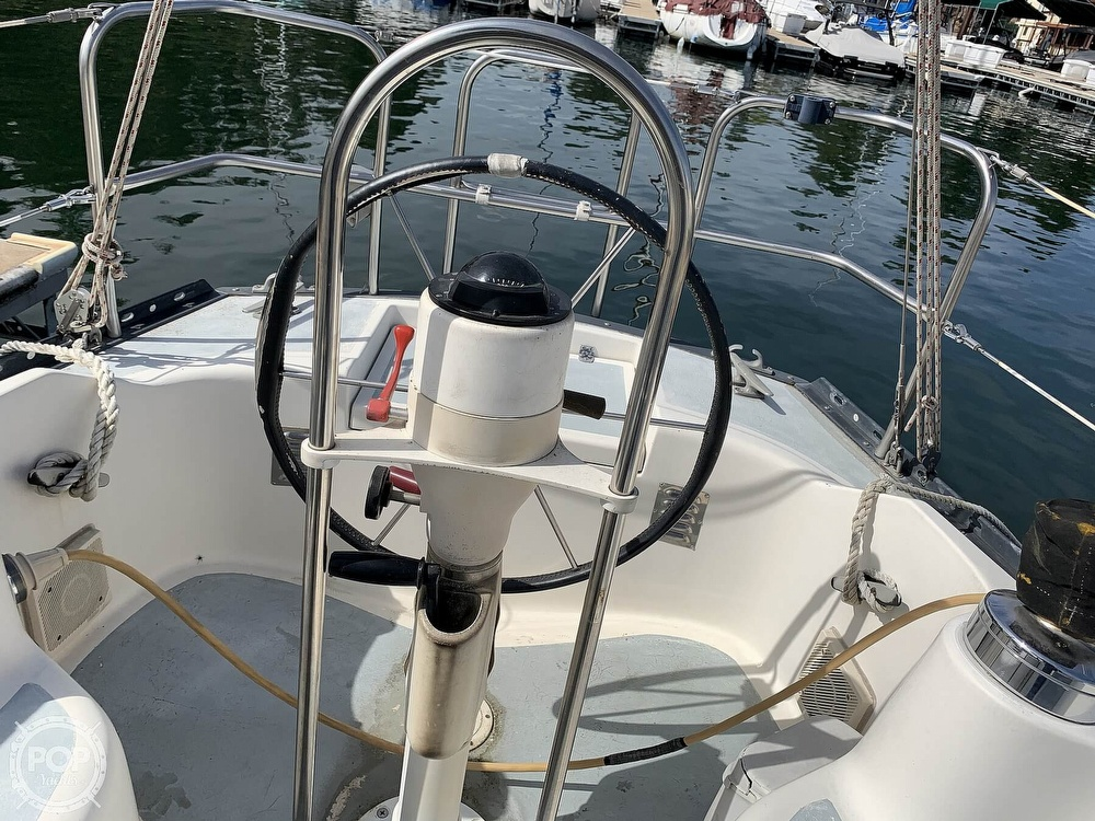 1980 Hunter boat for sale, model of the boat is 33 & Image # 30 of 40