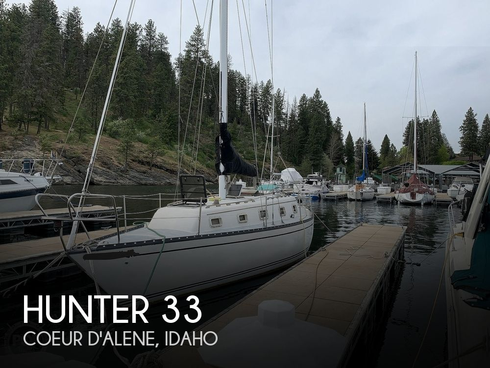1980 Hunter boat for sale, model of the boat is 33 & Image # 1 of 40
