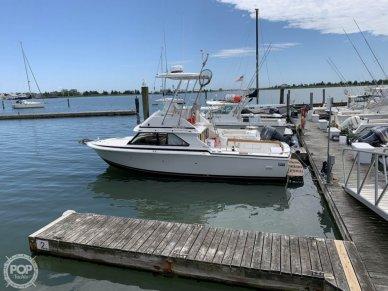 Bertram 28 Flybridge, 28, for sale in Connecticut - $34,900