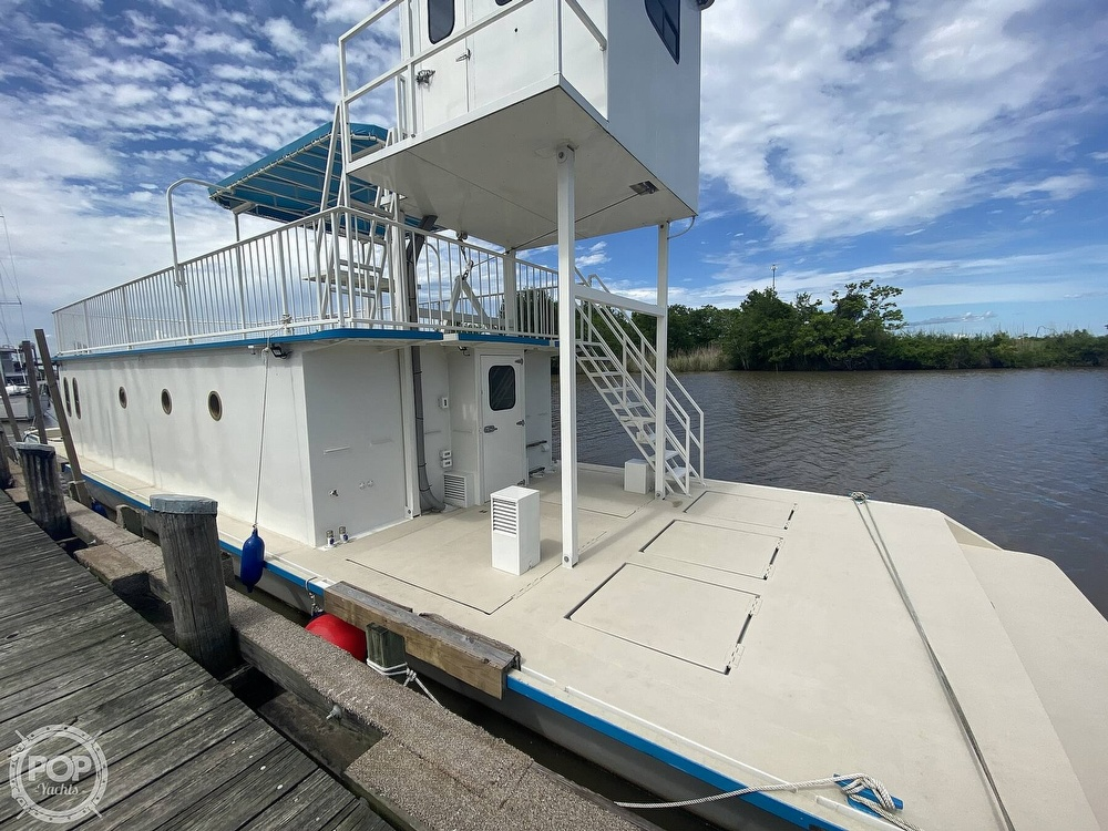 1996 Custom boat for sale, model of the boat is In 2020 Houseboat/Deckhouse on Lakeview Hull & Image # 25 of 40