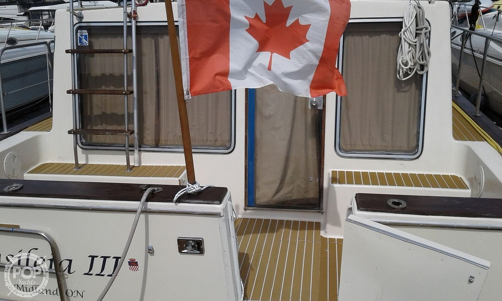 1984 Chris Craft boat for sale, model of the boat is Corinthian 380 & Image # 20 of 40
