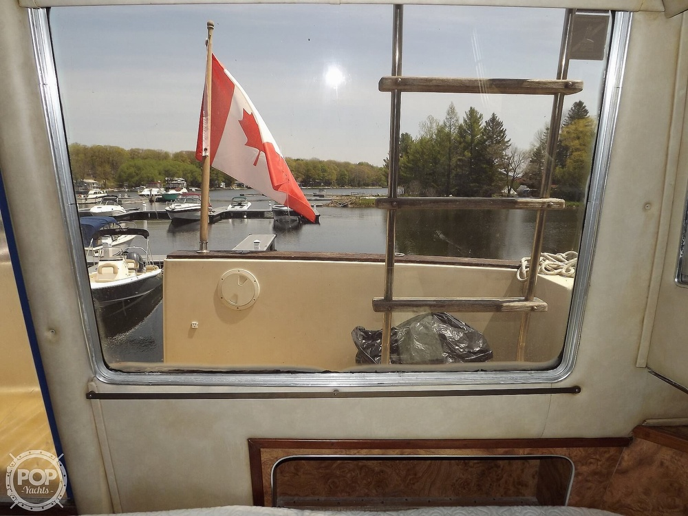 1984 Chris Craft boat for sale, model of the boat is Corinthian 380 & Image # 39 of 40