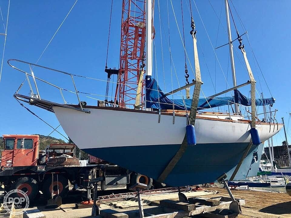 1987 Herreshoff boat for sale, model of the boat is H-28 & Image # 6 of 40