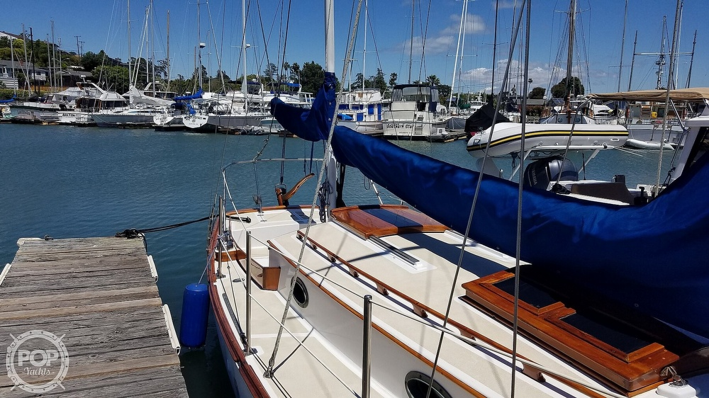 1987 Herreshoff boat for sale, model of the boat is H-28 & Image # 32 of 40